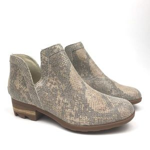 Sorel lolla snake print cut out bootie boot cream